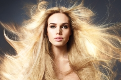 Mar15-Model-MarulaOil-Danielly1_hq