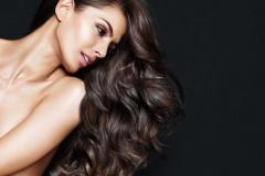 Mar15-Model-MarulaOil-Veena_hq